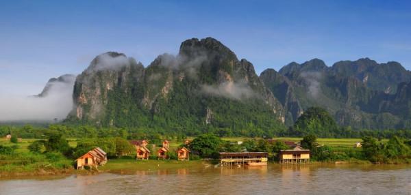 Vientiane_Vang-Vieng_resized